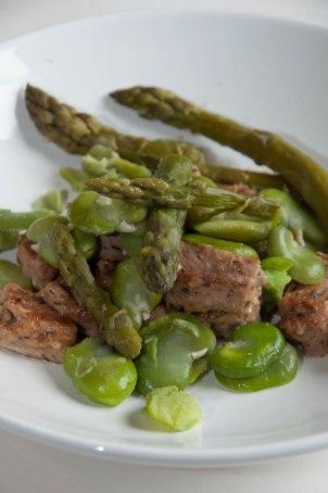 Sauté de veau aux fèves & aux asperges