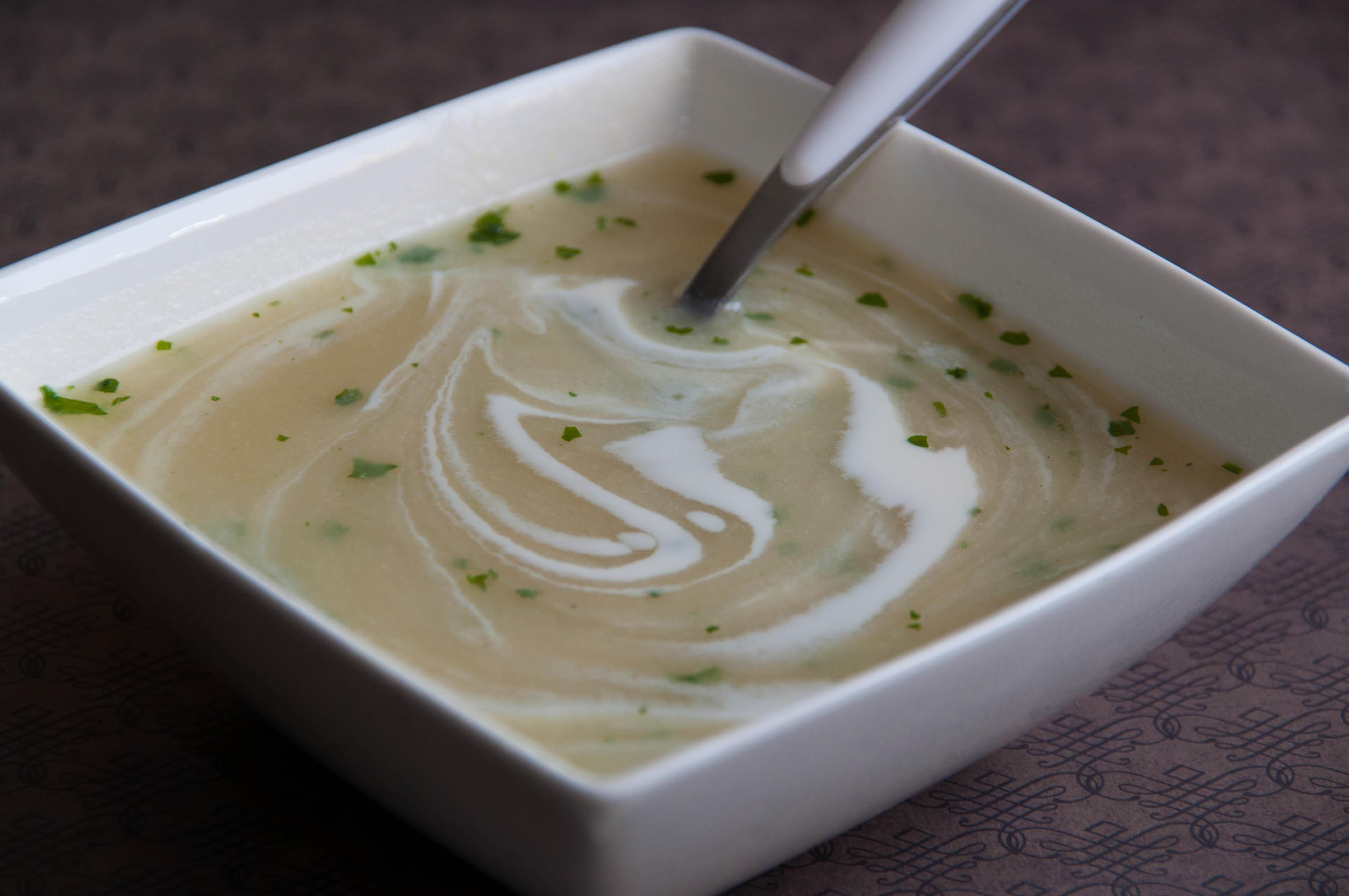 Velout d asperges blanches les petits plats de gwendoline - Asperge blanche a la poele ...